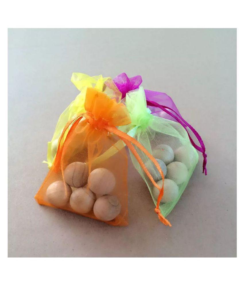 boxania® All Insect Naphtalene Balls Camphor Wood Balls 40 pcs Pack of 40