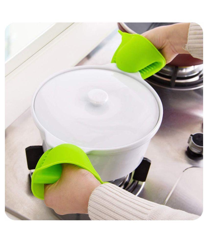Set of 2 Silicone Microwave Oven Heat Resistant Pinch Grip Mitten Oven Mitt Gripper Grip Kitchen Pot Holder Utensil Tool