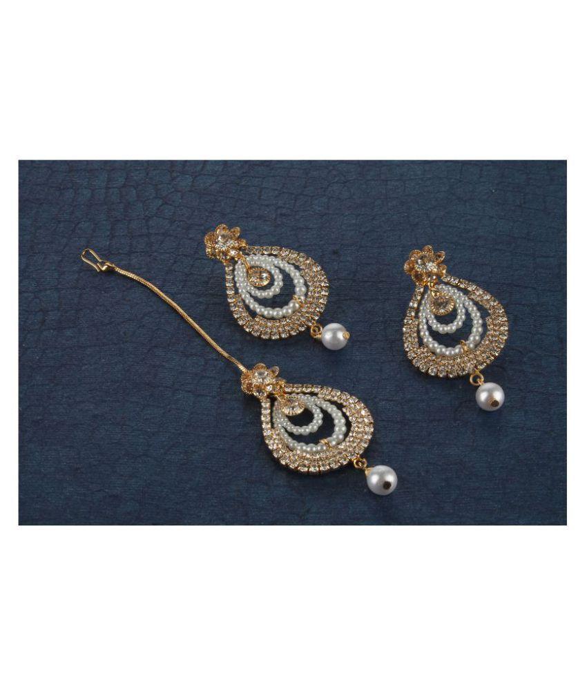 Kord Store Astonish Pear Shape White Stone Gold Plated Dangle Earring With Mangtikka For Women