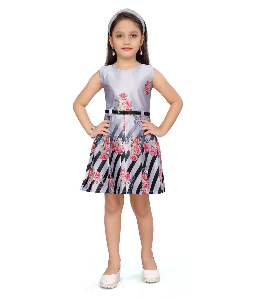 Aarika Girls Casual White Cotton Frock
