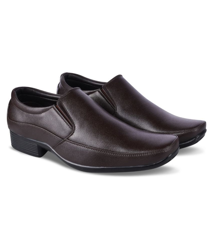Lakhani Vardaan Artificial Leather Brown Formal Shoes
