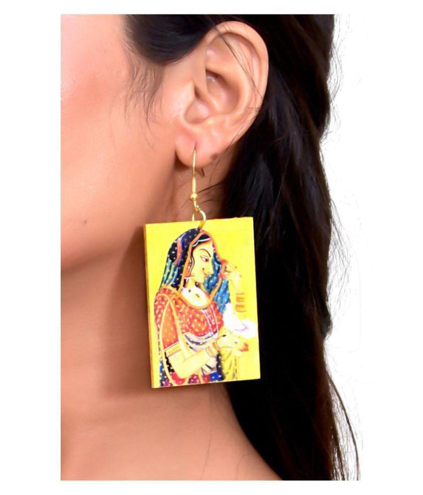 Bani Thani Ethnic Dangling Earrings
