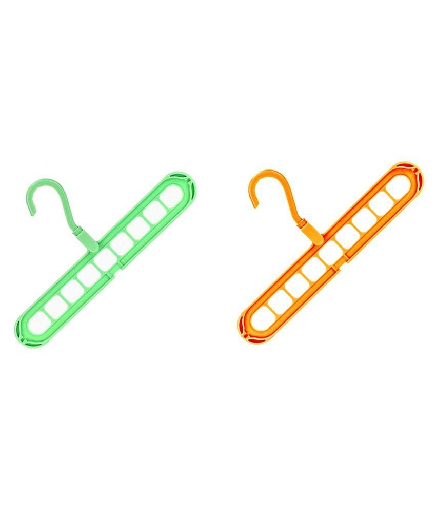 eBizMour Plastic Anti-Slip 9 Hole Hanger 2Pcs