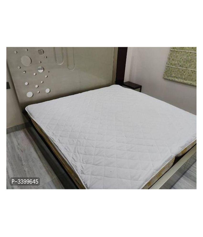 Home Saaj White Cotton Mattress Protector