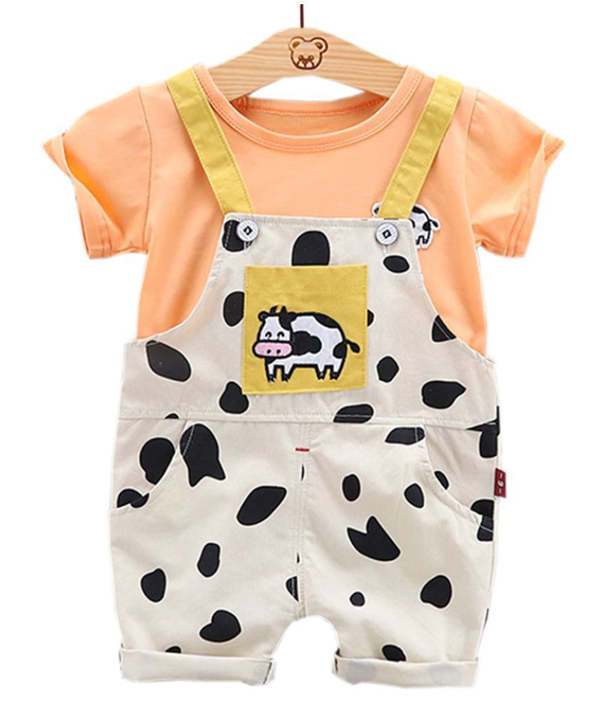 Hopscotch Boys and Girls Cotton and Polyester All Over Print Half Sleeve T-Shirt And Dungaree in Orange Color For Ages 4-5 Years (YUE-3081062)