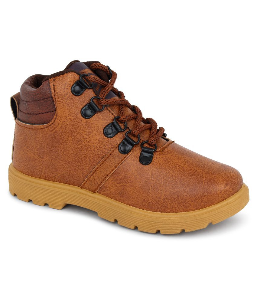 Latest Exclusive Collection of Trendy & Stylish Sports Shoes For Boys